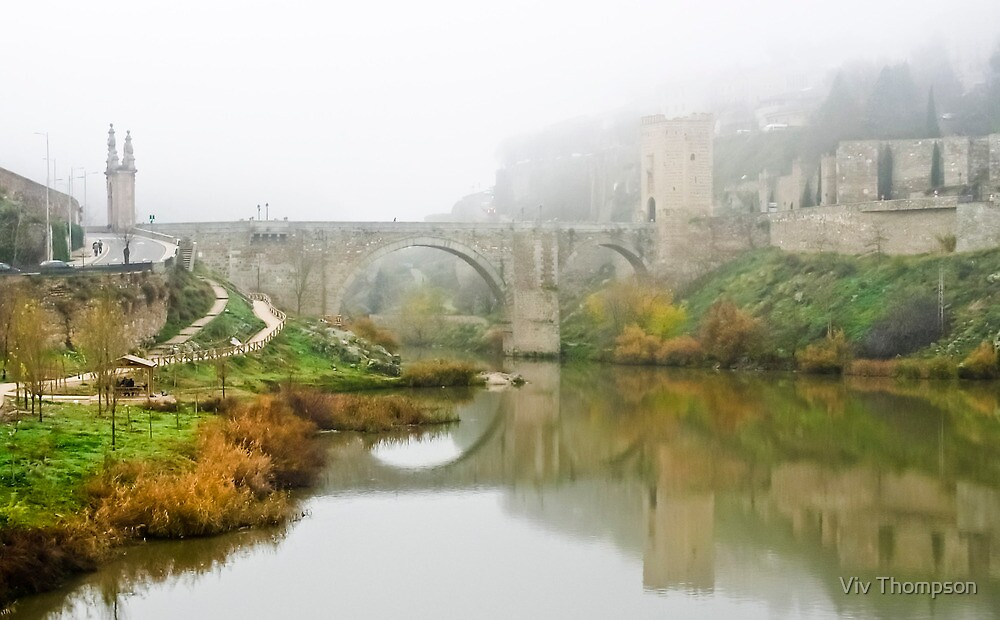 Misty Morning over the River Tagus by Viv Thompson