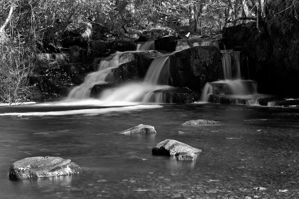 Waterfall by Graeme  Hunt
