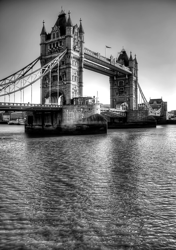 Tower Bridge, London by Stephen Smith