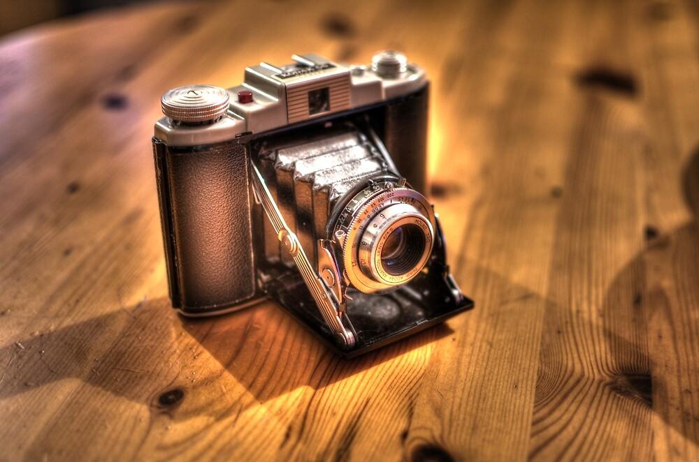 Retro Camera by greenie88
