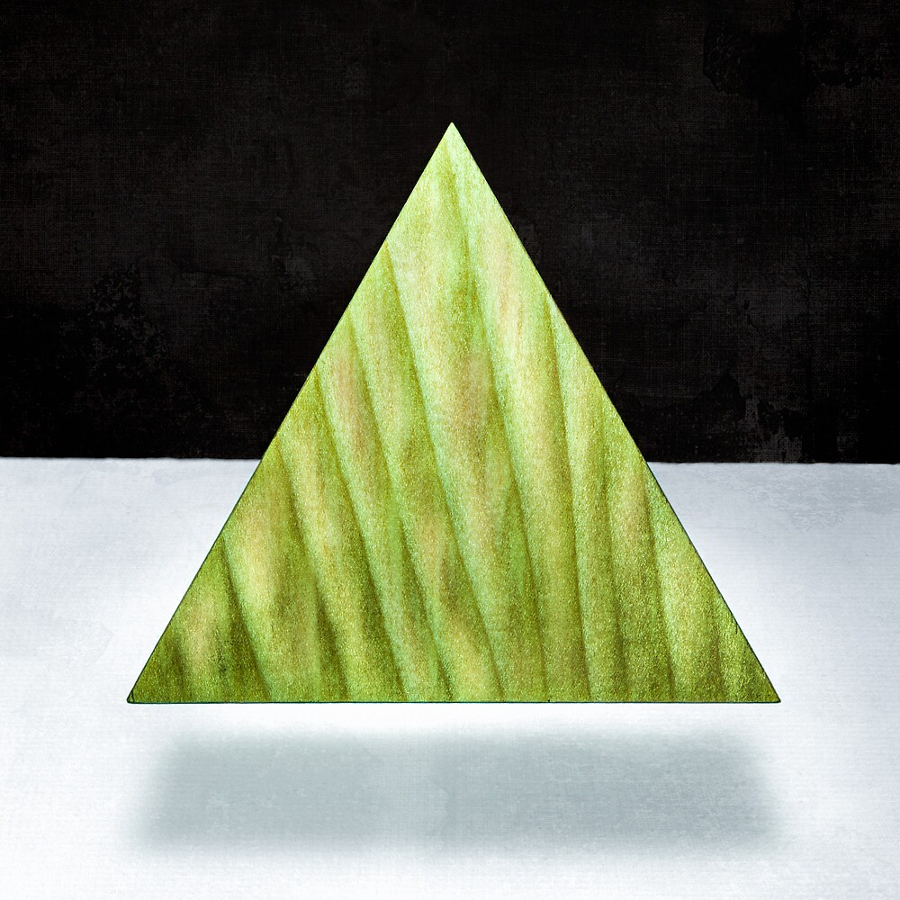 Green Triangle 2D by YoPedro