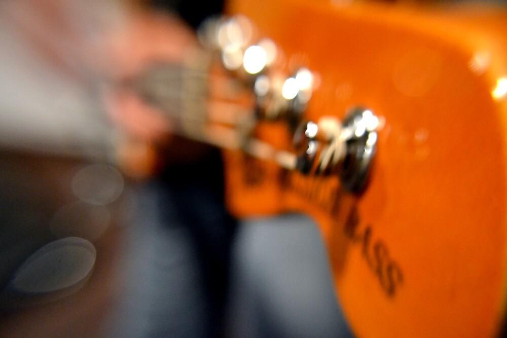 Kick the Bass by grazianogarcia