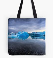 Sunset Lagoon: Glaciers at Jökulsárlón, Iceland Tote Bag