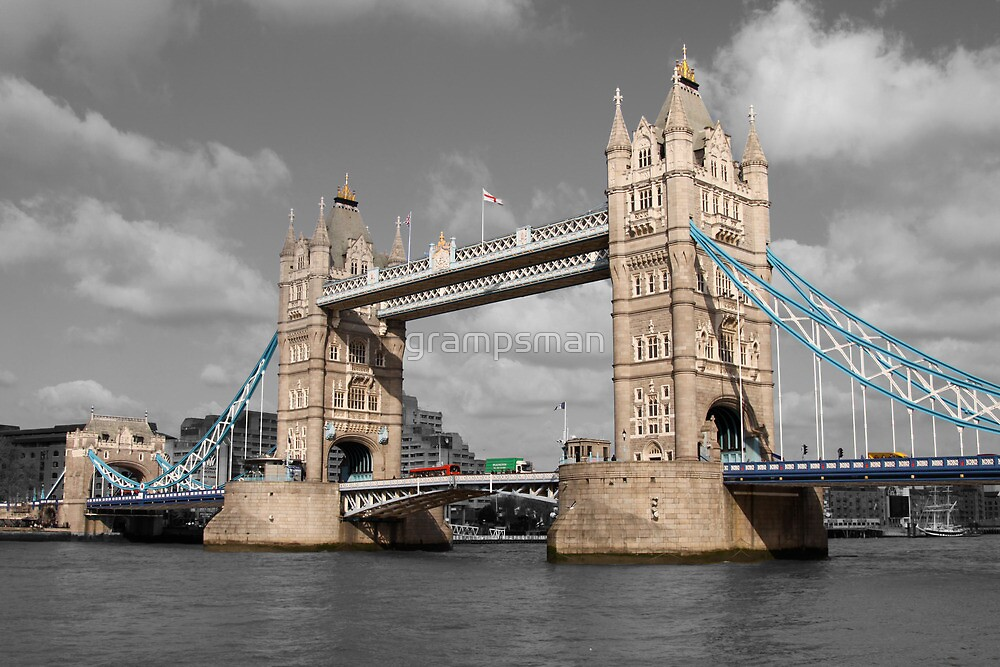 Tower bridge - London by grampsman
