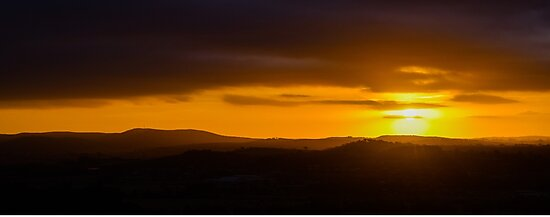 Sunset over Goulburn by Candy Jubb