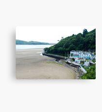 On the beach of Portmeirion (Wales) Canvas Print