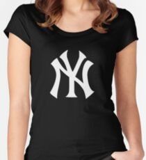 YANKEES  Women's Fitted Scoop T-Shirt