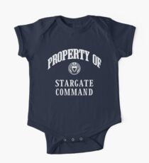 Property of Stargate Command Athletic Wear White ink Baby Body Kurzarm