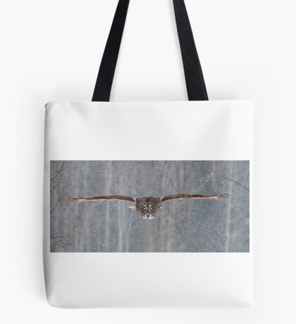 Full speed - Great Grey Owl Tote Bag
