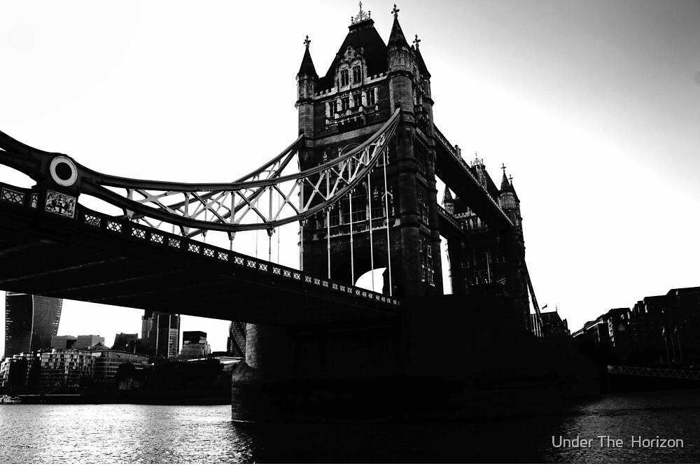 London bridge is falling down~~ by Under The  Horizon