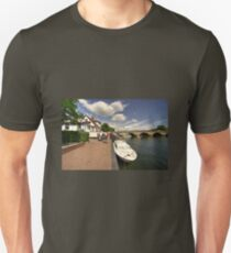 Henley Bridge  T-Shirt
