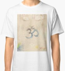 Om Old letter Classic T-Shirt