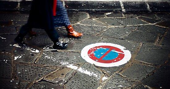 Keep Walking by marcomartinelli
