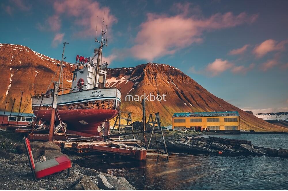 Ísafjörður docks by markbot