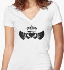 Claddagh Ring Women's Fitted V-Neck T-Shirt