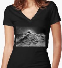 Winter Waves At Pipeline 13 Women's Fitted V-Neck T-Shirt