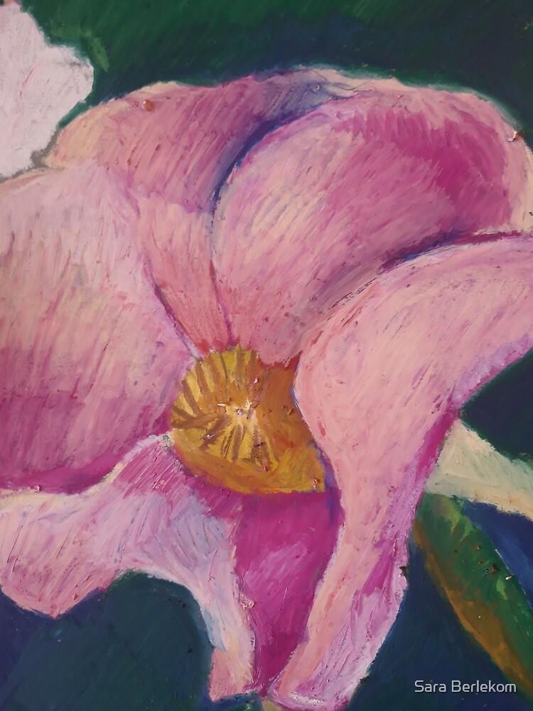 pink flower by Sara Berlekom