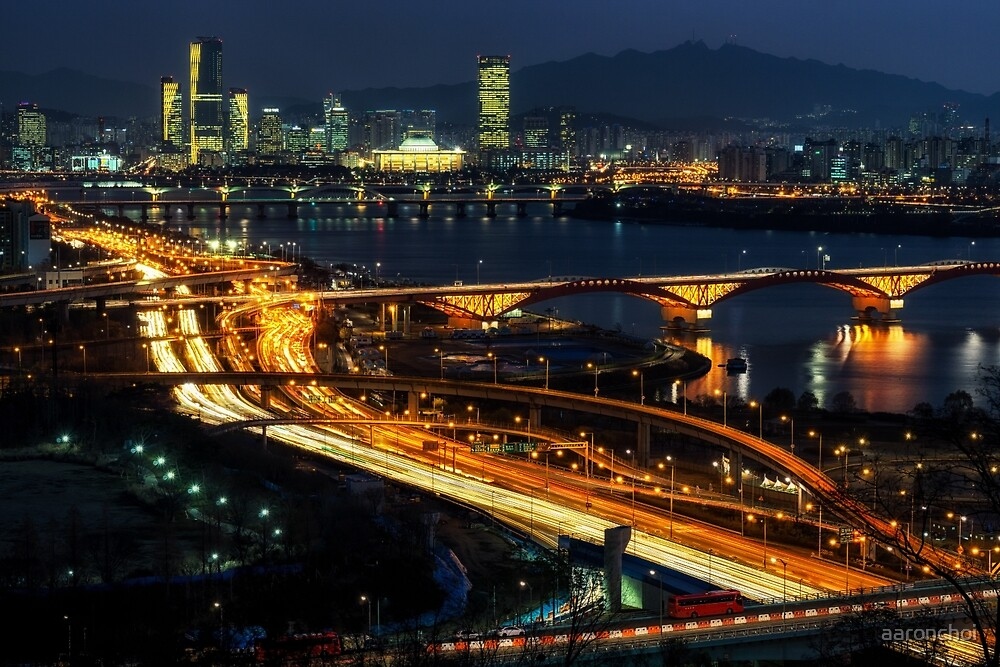 Night traffic over seoul by aaronchoi
