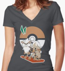 Pokemon Growlithe & Arcanine Women's Fitted V-Neck T-Shirt