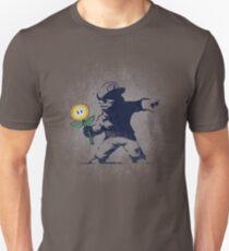Banksy Blume Unisex T-Shirt