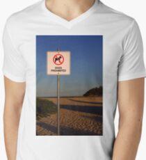 Camiseta para hombre de cuello en v Dogs Prohibited