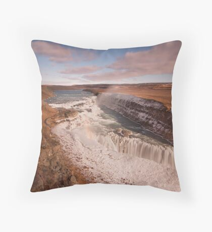 The Splendor Falls Throw Pillow