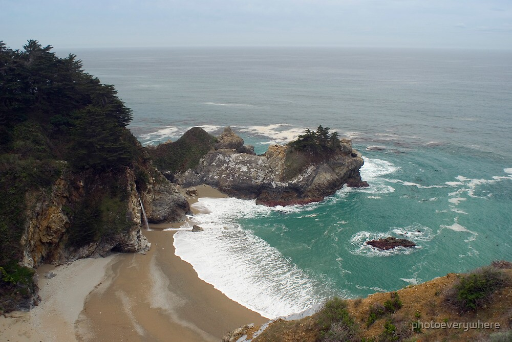 McWay Falls by photoeverywhere