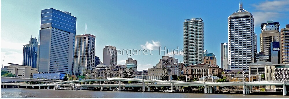 Brisbane and the Riverside Expressway , Qld, Australia by Margaret  Hyde
