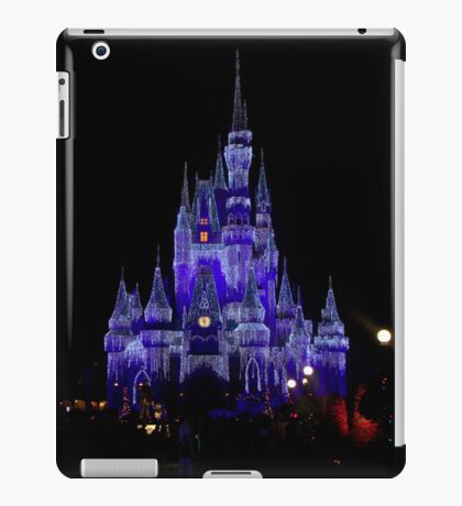 It's Beginning to Look a Lot Like Christmas.... iPad Case/Skin
