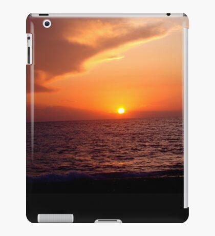 Sunset On the Water iPad Case/Skin