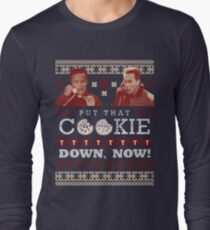 Put That Cookie Down, Now! Ugly Sweater Design Long Sleeve T-Shirt