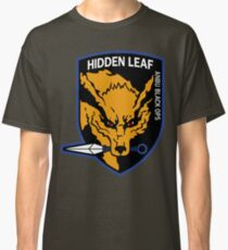 Nine-Tailed Fox Hound Classic T-Shirt