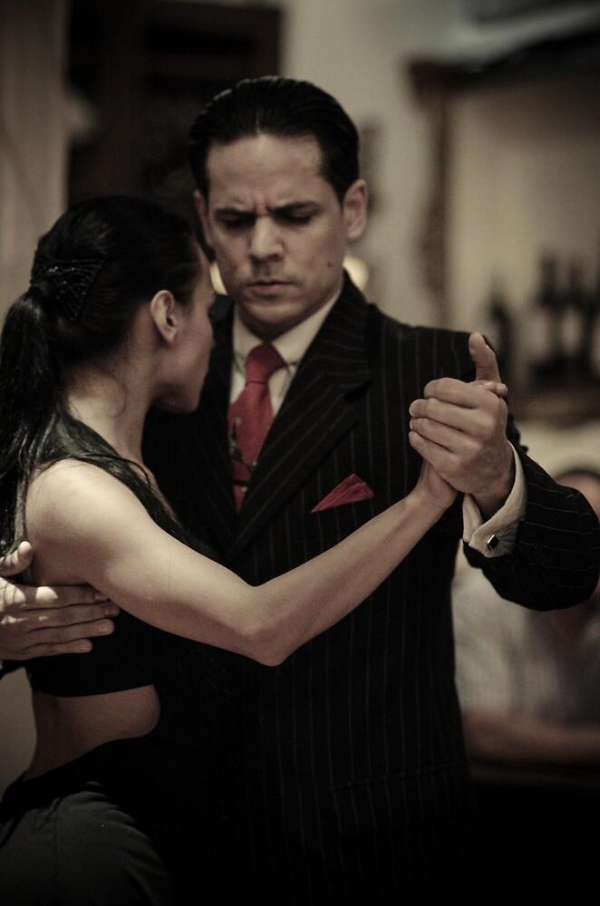 Passionate dancers by Andrea Rapisarda