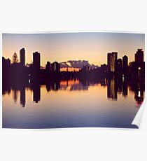 Sunrise over surfers paradise Poster