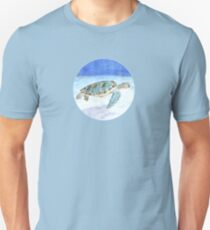 Sea turtle underwater Unisex T-Shirt