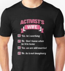 ACTIVIST'S WIFE Unisex T-Shirt