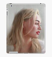 Iskra Lawrence iPad Case/Skin