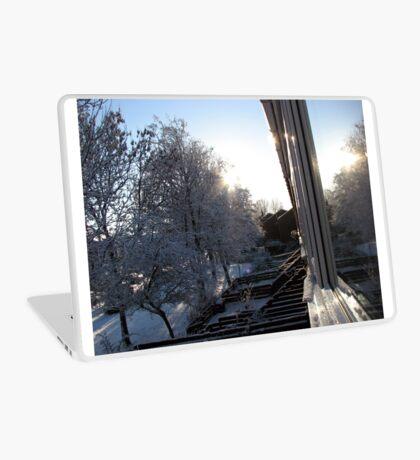 Snow Reflections Sunrise Laptop Folie