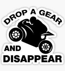 Lassen Sie einen Gang fallen und verschwinden Sie, Radfahrer-T-Shirt Sticker
