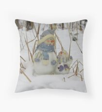 Snowman Family Throw Pillow