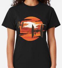 Fahrt der Tie-Kämpfer Classic T-Shirt