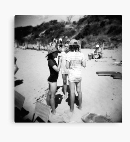 Beach babes Canvas Print