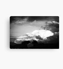 Sky at dusk Canvas Print
