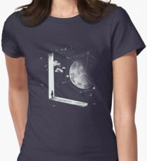 New universe Women's Fitted T-Shirt
