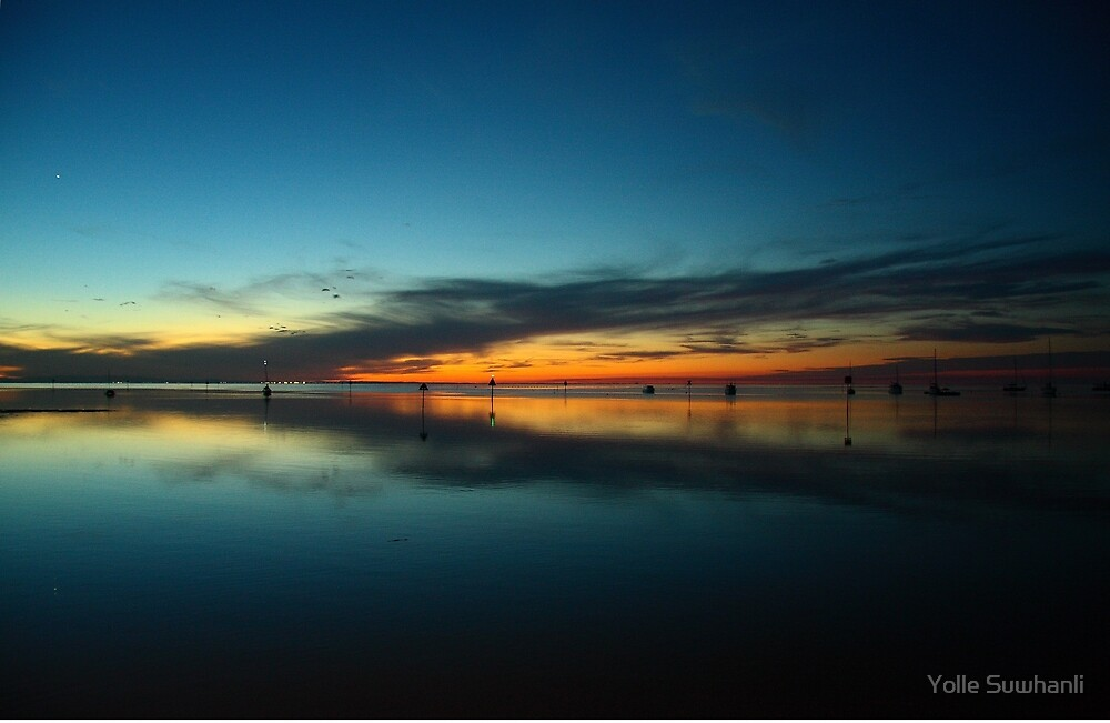 Stradbroke Island by Yolle Suwhanli