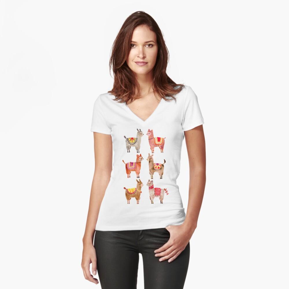Alpakas Tailliertes T-Shirt mit V-Ausschnitt