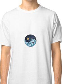 Day And Night Ying Yang Classic T-Shirt