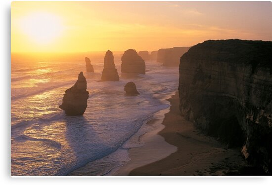 Dusk @ Apostles by snappytwo