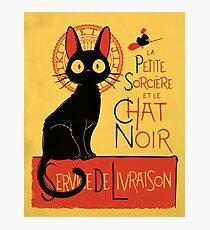 La Petite Sociere et le Chat Noir - Service de Livraison Photographic Print