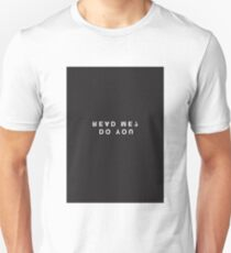 Do You Read Me? Minimalist Black and White - Trendy/Hipster Typography T-Shirt